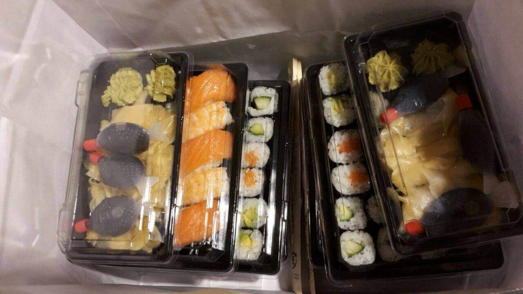 Fette Ausbeute: Eine ganze Tüte voller Sushi
