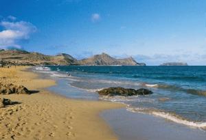 Türkis-blaues Wasser auf Porto Santo – Quelle: OLIMAR Reisen (Südeuropa)