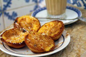 Nachspeise an der Algarve: Pastéis de Belém