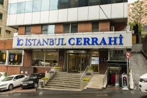 Das Istanbul Surgery Hospital. Top organisiert, denn es lag direkt neben meinem Hotel