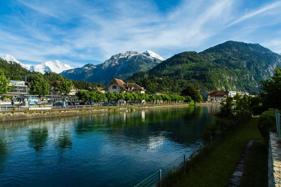 100 Prozent Schweiz in Interlaken: Action, Natur und Tradition