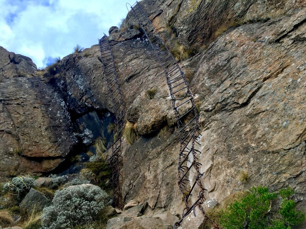 Amphitheater Sentinel Tugela - Ladders