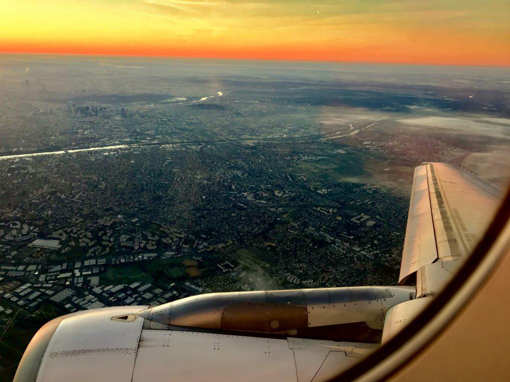 Nur mit Handgepäck reisen - Blick aus dem Flieger